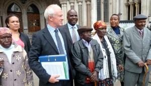 Martyn Day with elderly Kenyan clients in Mau Mau case