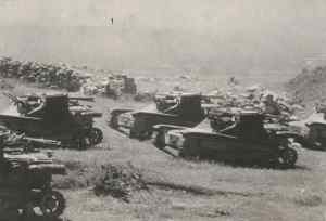 Italian tanks advance