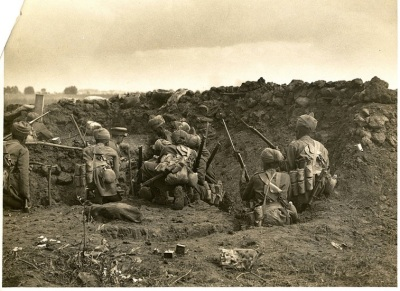 Indian infantry bombing party [St Floris, France].