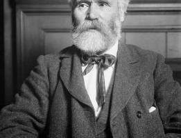 Keir Hardie, first Labour leader