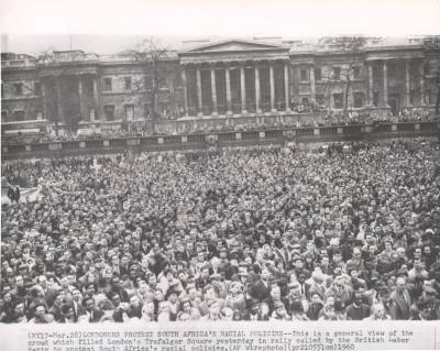sharpeville-massacre-protest-london