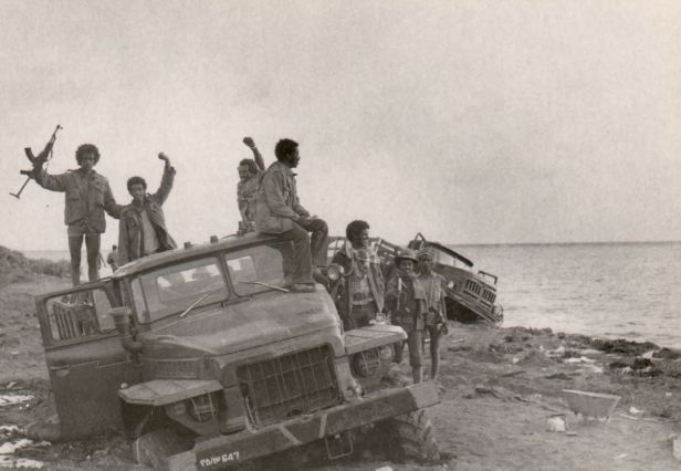 eplf-eritreans-on-captured-truck