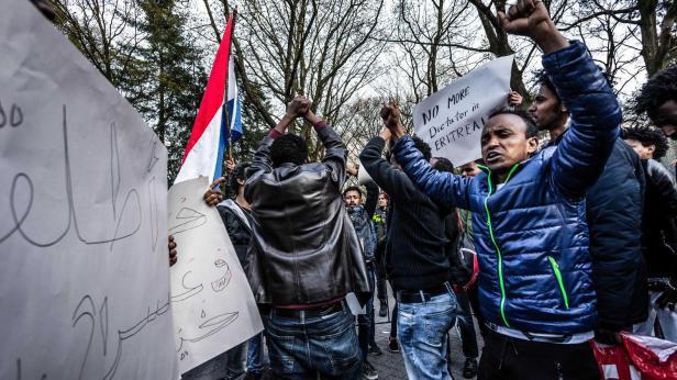 Politie grijpt in bij betoging Eritreeërs