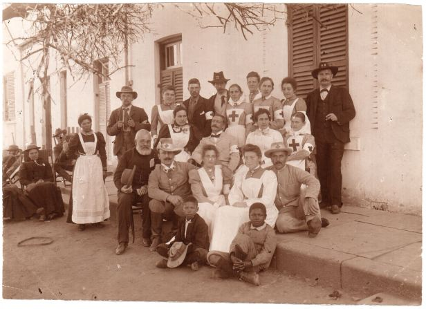 Russian medical staff with Boers Kroonstad